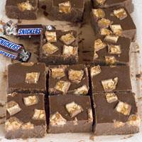 Easy Snickers Chocolate Fudge