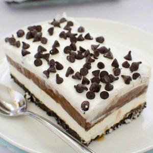 Piece of chocolate lasagna on a plate