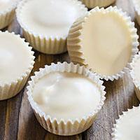 White Chocolate Pumpkin Cups