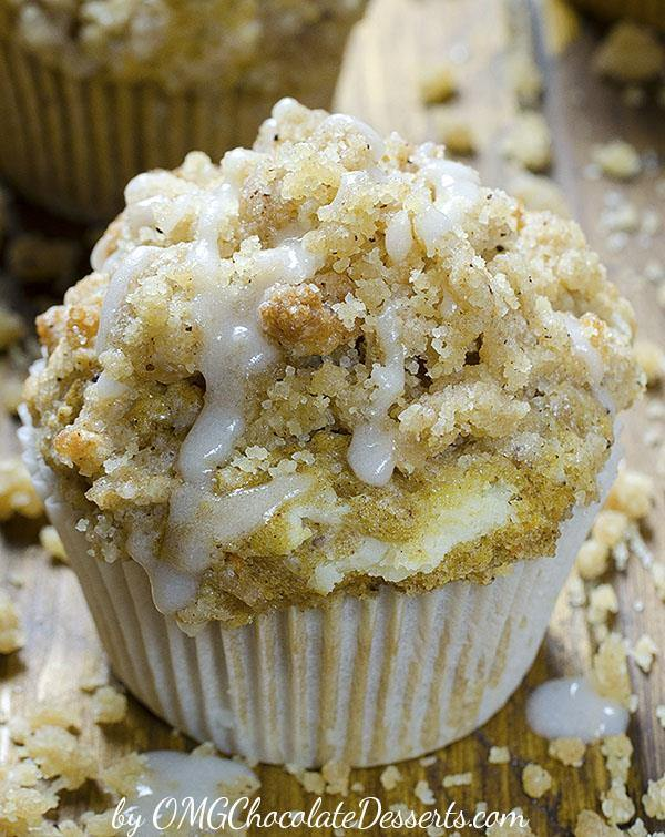 Delicious breakfast, snacks or dessert, these moist Carrot Cake Muffins have smooth cream cheese filling inside and crunchy cinnamon streusel on top, I can't decide which is my favorite part.