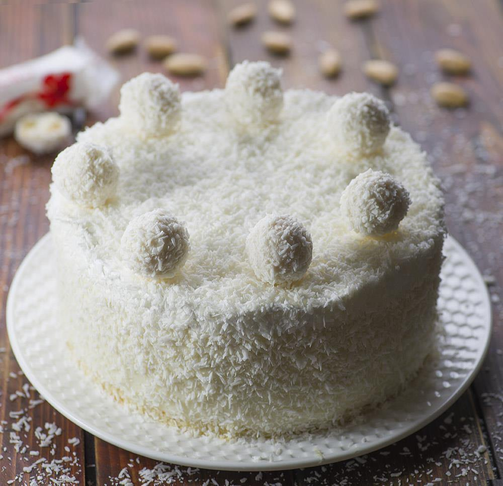 Coconut Sponge Cake With Coconut Milk