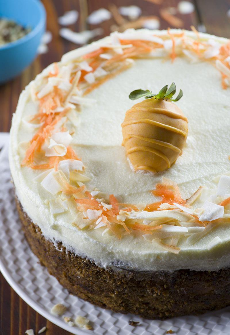 Carrot Cake Cheesecake is delicious twist on Easter classic dessert – carrot cake, especially for those cheesecake fans out there.It will be perfect ending to Easter dinner.