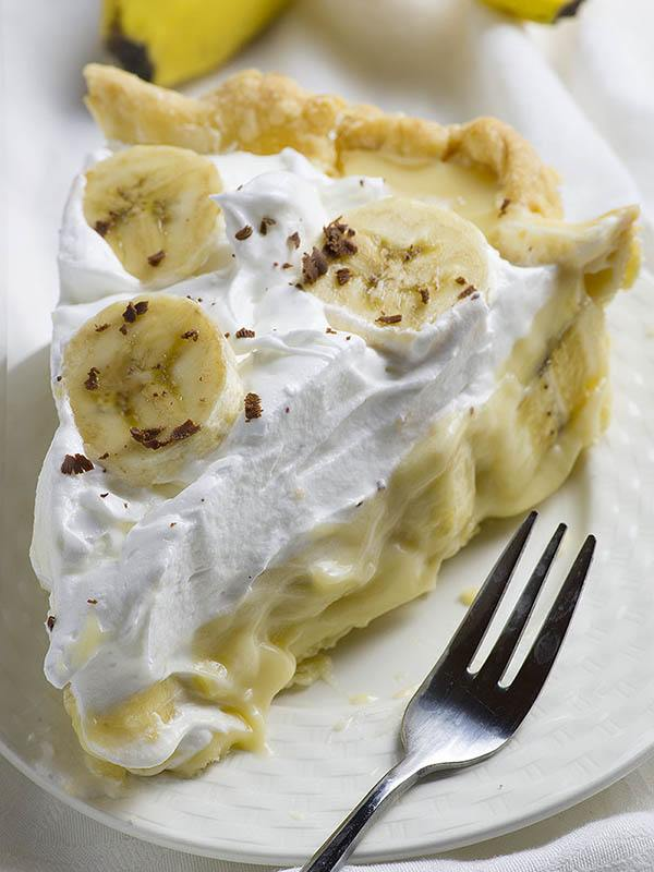 Old Fashioned Chocolate Banana Cream Pie