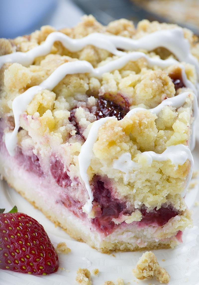 Strawberry Cheesecake Coffee Cake - OMG Chocolate Desserts
