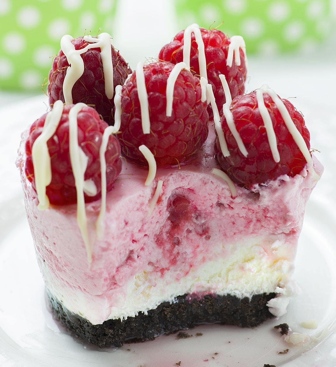 No Bake Mini White Chocolate Raspberry Cheesecake