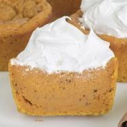 OMG Pumpkin Pie Cupcakes (Video) + Pumpkin Puree