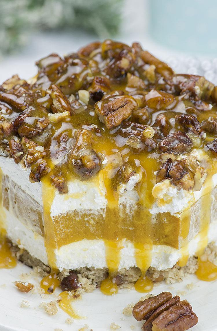 Caramel Pecan Lasagna is melt-in-your-mouth layered dessert with perfect blend of caramel and pecan flavor.