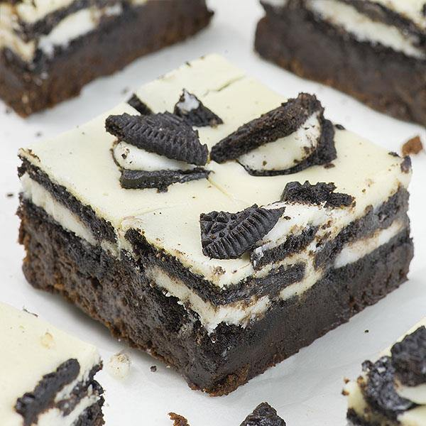 Oreo Loaded Cheesecake Brownies