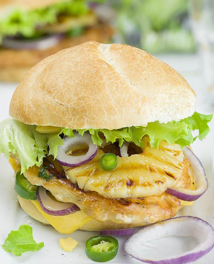 Pineapple Grilled Chicken Sandwich Is Healthy And Tasty Therefore If You Omit The Jalapenos This Great Kids Lunch Box Idea