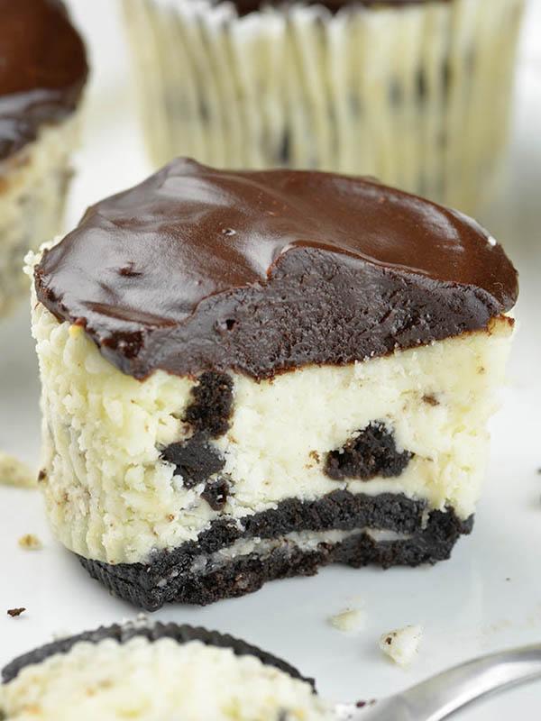 Mini Oreo Cheesecake Omg Chocolate Desserts