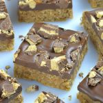 Image of chocolate peanut butter oatmeal bars