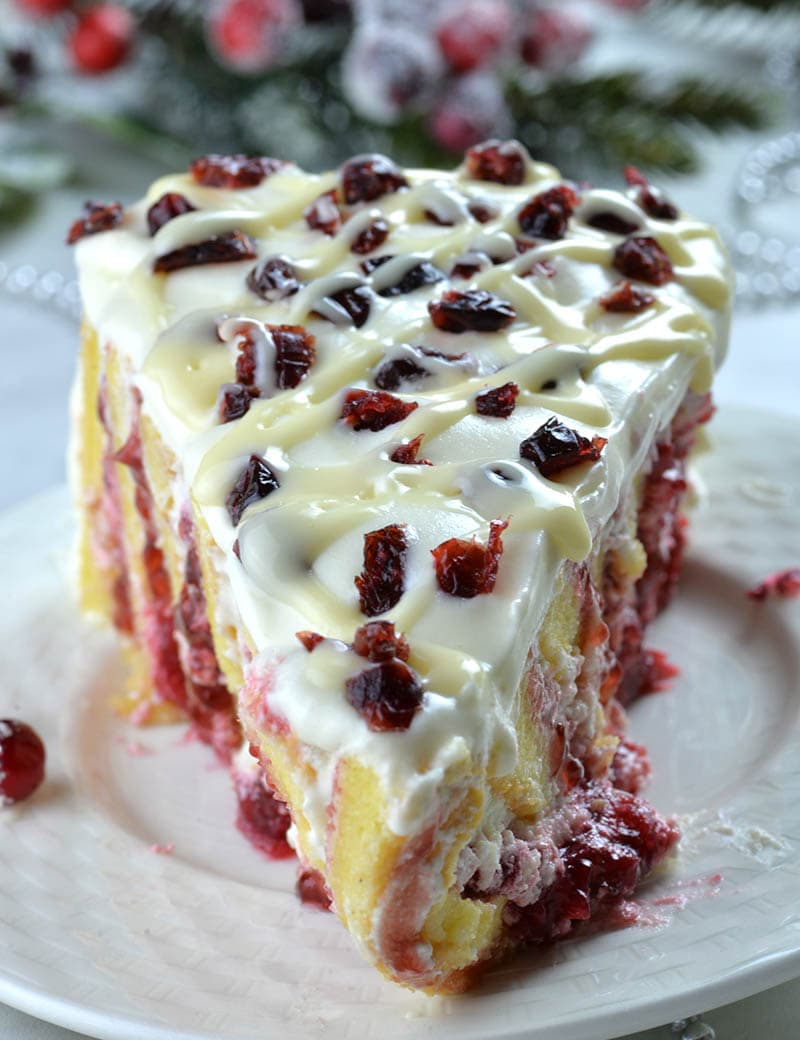 Christmas Cranberry Roll Cake