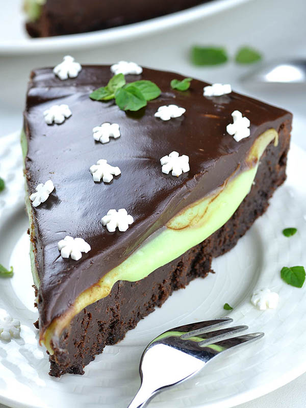 Flourless Mint Chocolate Cake Omg Chocolate Desserts