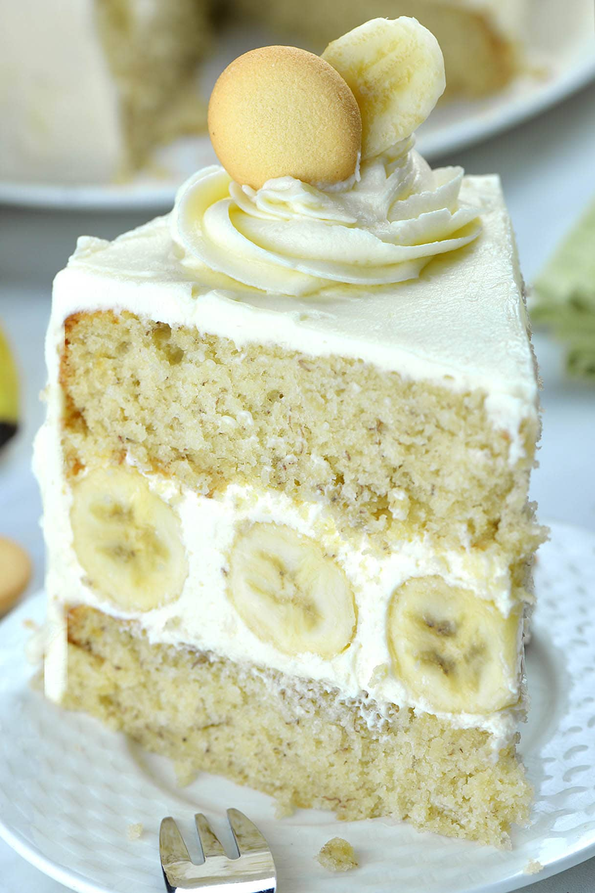 Incredibly moist and easyBanana Cake with rich and fluffy Cream Cheese Frosting!